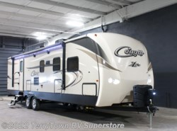 New 2017  Keystone Cougar XLite 32FKB by Keystone from TerryTown RV Superstore in Grand Rapids, MI