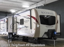 New 2017  Forest River Rockwood Signature Ultra Lite 8328BS by Forest River from TerryTown RV Superstore in Grand Rapids, MI