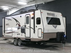 New 2017  Forest River Rockwood Mini Lite 2506S by Forest River from TerryTown RV Superstore in Grand Rapids, MI