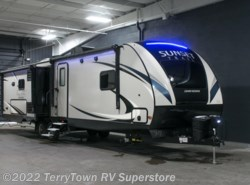 New 2017  CrossRoads Sunset Trail Grand Reserve 33SI by CrossRoads from TerryTown RV Superstore in Grand Rapids, MI