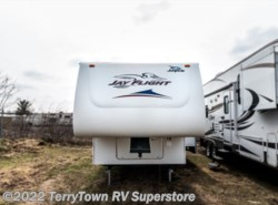 Used 2006  Jayco Jay Flight 27.5RLS by Jayco from TerryTown RV Superstore in Grand Rapids, MI