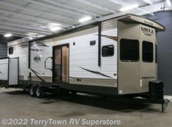 New 2018  Forest River Salem Villa Estate 4102BFK by Forest River from TerryTown RV Superstore in Grand Rapids, MI