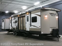 New 2018  Forest River Salem Villa Classic 402QBQ by Forest River from TerryTown RV Superstore in Grand Rapids, MI