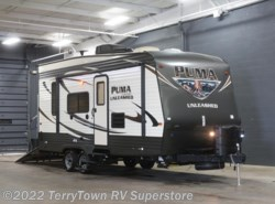 New 2016  Palomino Puma Unleashed 21TFU by Palomino from TerryTown RV Superstore in Grand Rapids, MI
