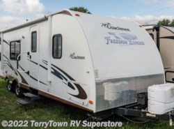 Used 2011  Coachmen Freedom Express 290bhs by Coachmen from TerryTown RV Superstore in Grand Rapids, MI