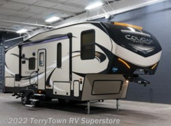 New 2018  Keystone Cougar Half Ton 25RES by Keystone from TerryTown RV Superstore in Grand Rapids, MI