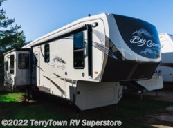 Used 2014  Heartland RV Big Country 3650RL by Heartland RV from TerryTown RV Superstore in Grand Rapids, MI
