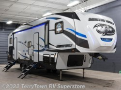 New 2018  Forest River Arctic Wolf 315TBH8 by Forest River from TerryTown RV Superstore in Grand Rapids, MI