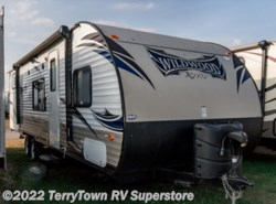 Used 2014  Forest River Wildwood 282QBXL by Forest River from TerryTown RV Superstore in Grand Rapids, MI