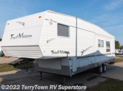 Used 2005  R-Vision  Trail Vision 3529BH by R-Vision from TerryTown RV Superstore in Grand Rapids, MI