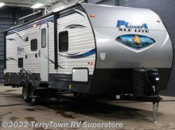 New 2019  Palomino Puma XLE 25RBSC by Palomino from TerryTown RV Superstore in Grand Rapids, MI