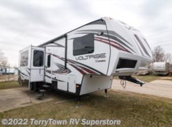 Used 2014  Dutchmen Voltage 3605 by Dutchmen from TerryTown RV Superstore in Grand Rapids, MI