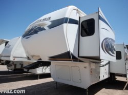 Used 2011  Keystone Montana Hickory 3000RK Nice 5th Wheel by Keystone from Auto Corral RV in Mesa, AZ