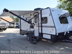 2018 Coachmen Viking 17BH, FRONT QUEEN, BUNKS AND A BIKE DOOR