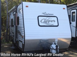 Used 2016 Coachmen Clipper Ultra-Lite 17FQ available in Egg Harbor City, New Jersey
