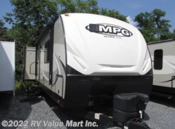 New 2017  Cruiser RV MPG Ultra-Lite 3700RE by Cruiser RV from RV Value Mart Inc. in Lititz, PA