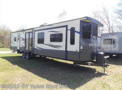 New 2018  Palomino Puma  by Palomino from RV Value Mart Inc. in Lititz, PA