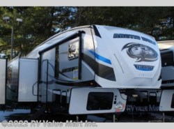 New 2018  Forest River Cherokee Arctic Wolf 285DRL4 by Forest River from RV Value Mart Inc. in Lititz, PA