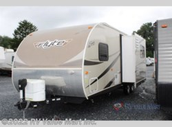 New 2016  Shasta Flyte 255RS
