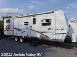 Used 2005  Forest River Wildwood 27BHSS by Forest River from Juniata Valley RV in Mifflintown, PA