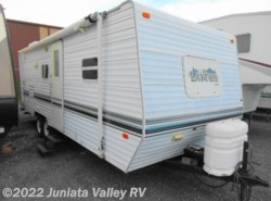 Used 2002 Skyline Layton 248 available in Mifflintown, Pennsylvania