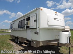 Used 2005  Hi-Lo Classic 2805C by Hi-Lo from Alliance Coach in Wildwood, FL