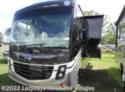 New 2017  Holiday Rambler Vacationer XE 32A by Holiday Rambler from Alliance Coach in Wildwood, FL
