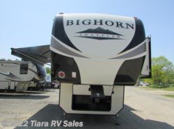 New 2018  Heartland RV Bighorn Traveler 39MB by Heartland RV from Tiara RV Sales in Elkhart, IN