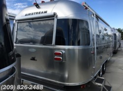 New 2017  Airstream Flying Cloud 25 Twin by Airstream from www.RVToscano.com in Los Banos, CA