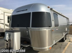 Used 2016  Airstream International Signature 27FB by Airstream from www.RVToscano.com in Los Banos, CA