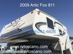 Used 2009  Northwood Arctic Fox Camper 811