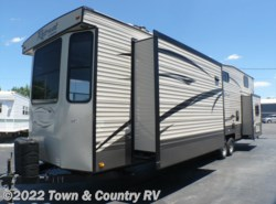 New 2017  Keystone Retreat 39LOFT by Keystone from Town & Country RV in Clyde, OH