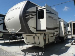 New 2017  Keystone Montana 3791RD by Keystone from Town & Country RV in Clyde, OH