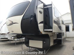 Used 2013 CrossRoads Rushmore Lincoln 39LN available in Clyde, Ohio