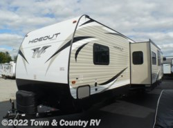 New 2018  Keystone Hideout 32BHTS by Keystone from Town & Country RV in Clyde, OH