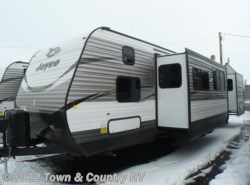 New 2018  Jayco Jay Flight 38BHDS by Jayco from Town & Country RV in Clyde, OH