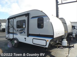 New 2018  Jayco Hummingbird 17RB by Jayco from Town & Country RV in Clyde, OH
