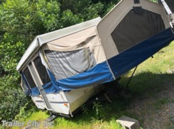 Used 2007 Forest River Flagstaff Tent 228D available in Whitehall, West Virginia