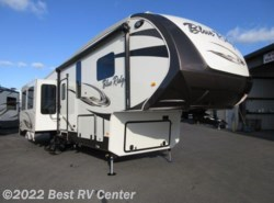 New 2016 Forest River Blue Ridge 3045RL  DUAL PANE WINDOWS / 3 SLIDEOUTS 6 Point Hy available in Turlock, California