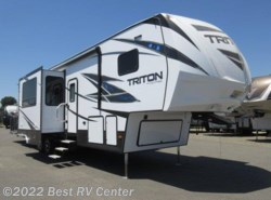 New 2018  Dutchmen Voltage Triton 3551 CALL FOR THE LOWEST PRICE! /Onan 5.5 Generato by Dutchmen from Best RV Center in Turlock, CA
