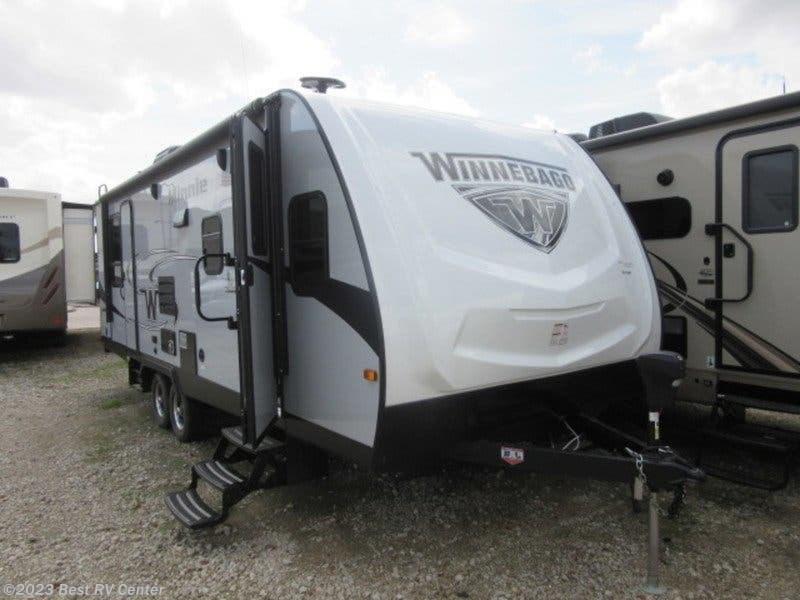 2018 Winnebago RV Minnie 2500FL FRONT LIVING/UPGRADED A/C for Sale in  Turlock, CA 95382 | 18175