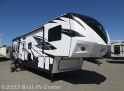 New 2019 Dutchmen Voltage 3705  5.5 Onan Generator/ Two Slide Outs/ Outside available in Turlock, California