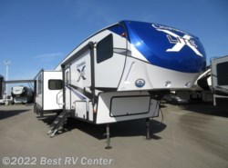 New 2019 Coachmen Chaparral X-Lite 285X Rear Living/ 4 Pt. Electric Auto leveling/ Th available in Turlock, California