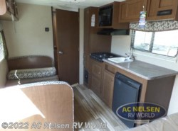 New 2017  Forest River  Shasta 185FQ by Forest River from AC Nelsen RV World in Shakopee, MN