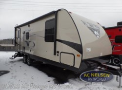 New 2017  Winnebago Minnie 2250 DS by Winnebago from AC Nelsen RV World in Shakopee, MN