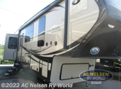 New 2016  Coachmen Brookstone 395RL