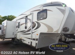 Used 2013 Keystone Cougar X-Lite 28SGS available in Shakopee, Minnesota