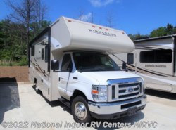 Used 2018  Winnebago Minnie Winnie 22R by Winnebago from National Indoor RV Centers in Lawrenceville, GA