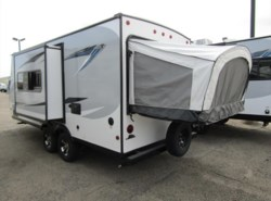 New 2017  Jayco Jay Feather 7 19XUD by Jayco from First Choice RVs in Rock Springs, WY