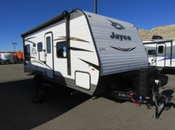 New 2018  Jayco Jay Flight SLX 212QBW by Jayco from First Choice RVs in Rock Springs, WY